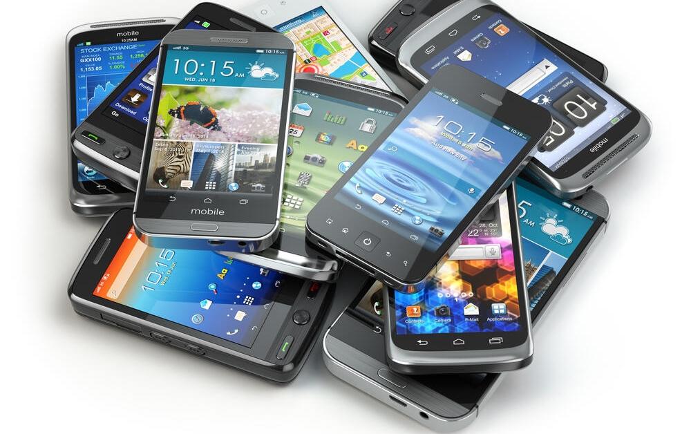 Akıllı Telefonlarda Donanım Mı Önemli Yazılım Mı?