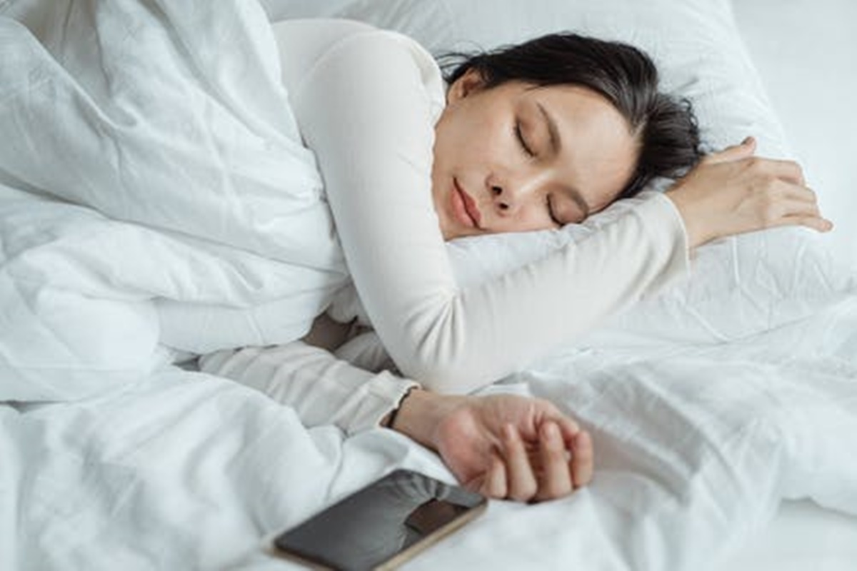 Uyurken Düşüyor Gibi Olmanın Sebebi Nedir?