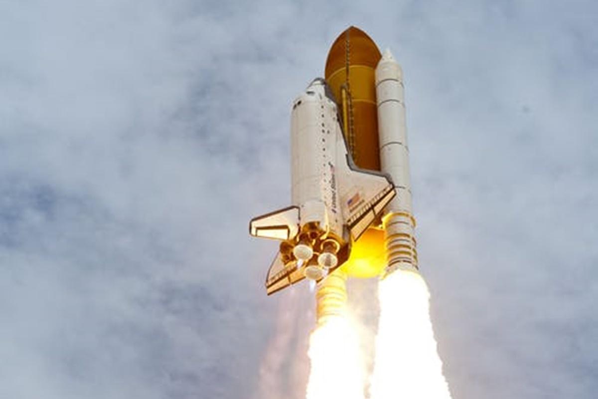 Uzaya Çıkmış Veya Çıkacak Dünyaca Ünlü 7 Milyarder