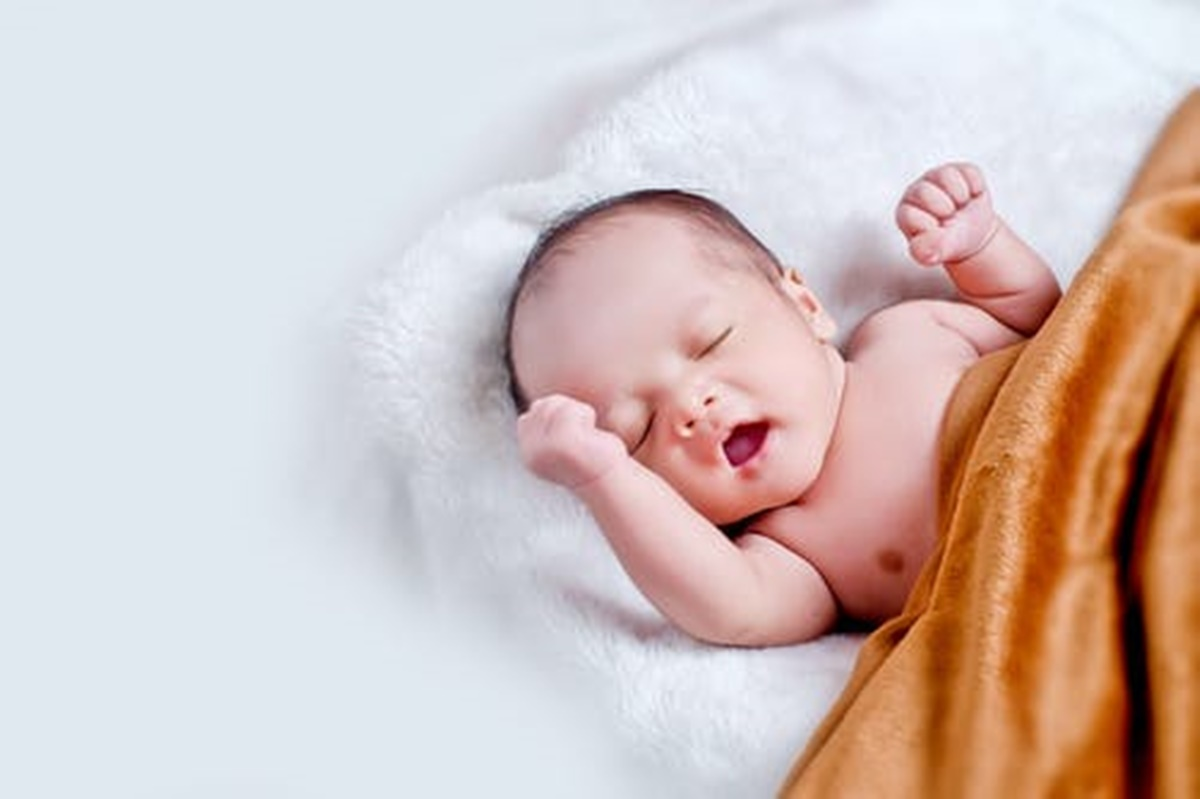 Yeni Doğan Bebeklerde İlk Muayenesi Ne Zaman Yapılır?