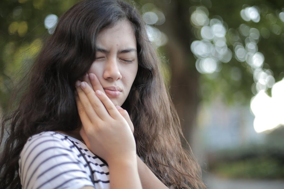 Diş Çürümesine Neden Olan Şeyler